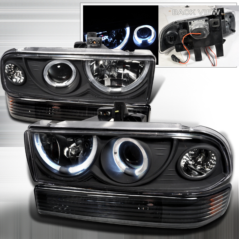Chevrolet S10 Pickup  1998-2004 Black Halo Projector Headlights With Bumper Lights