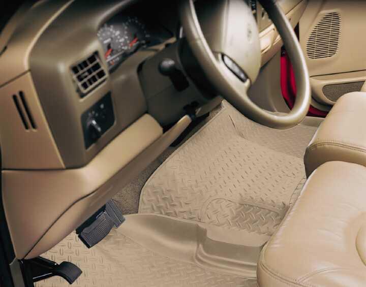 Gmc Full Size Pickup 1988-2000 C2500,  Husky Classic Style Series Center Hump Floor Liner - Tan