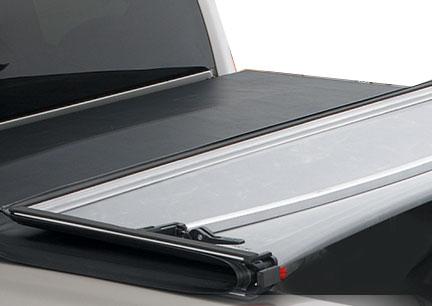 Nissan Titan 2004-2010 Crew Cab 5.5 Box (without Utili-Trak) Lund Genesis Tri-Fold Tonneau Cover