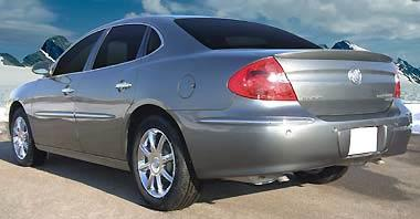 Buick Lacrosse   2005-2009 Lip Style Rear Spoiler - Primed