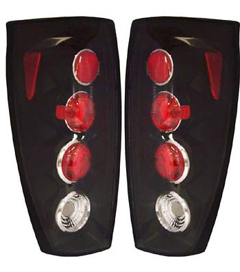 Chevrolet Avalanche 02-05 Euro Black Tail Lights