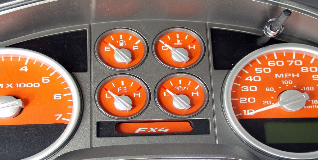 Ford F150 2007-2008 Fx4 And Fx2 Orange / Green Night Performance Dash Gauges