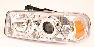 GMC Sierra / Yukon 99-03 TYC Projector Head Lights