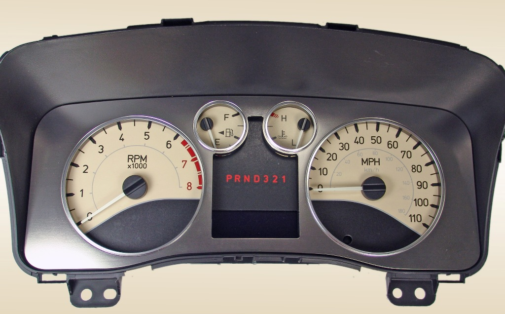 Hummer H3 2006-2009  Tan / White Night Performance Dash Gauges