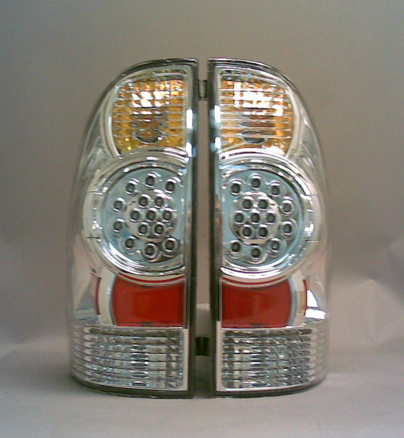 Toyota Tacoma 2005-2007 Chrome LED Tail Lights