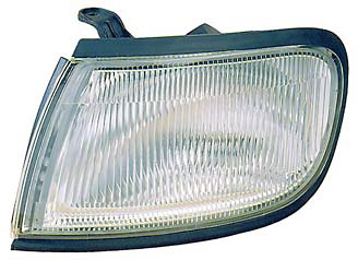 Nissan Maxima 95-96 Passenger Side Replacement Corner Light
