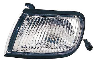 Nissan Maxima 97-99 Driver Side Replacement Corner Light