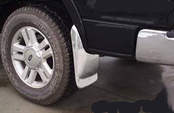 Chevrolet Silverado Light and Heavy Duty Flareside Pickup 03-05 Rear Mud Flaps