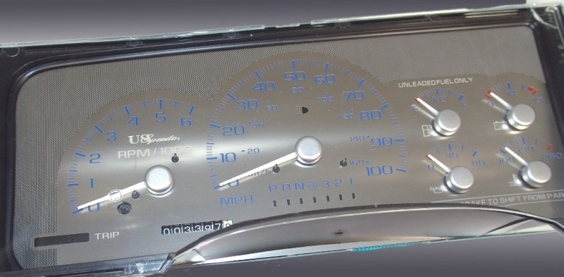 Gmc Sierra 1995-1999  100 Mph Auto  White Needles Stainless Steel Gauge Face With Blue Numbers