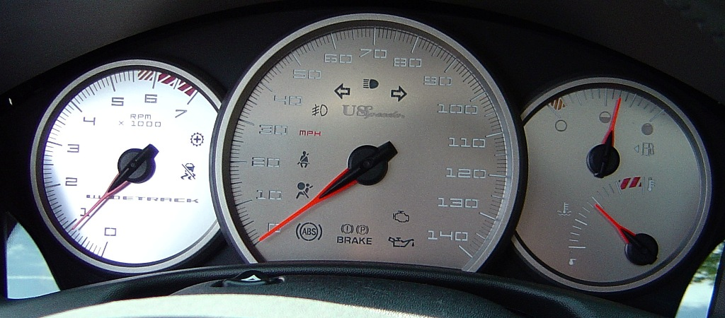 Pontiac Grand Prix 2004-2006 Wide Trac Mph No Needles Stainless Steel Gauge Face With Red Numbers
