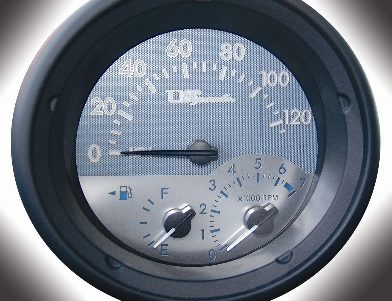 Scion Xb 2004-2007  120 Mph  With Info Center Stainless Steel Gauge Face With Blue Numbers
