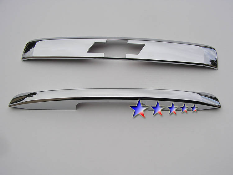 2007-2012  Chevrolet Suburban  Chrome Tailgate Handle Trim