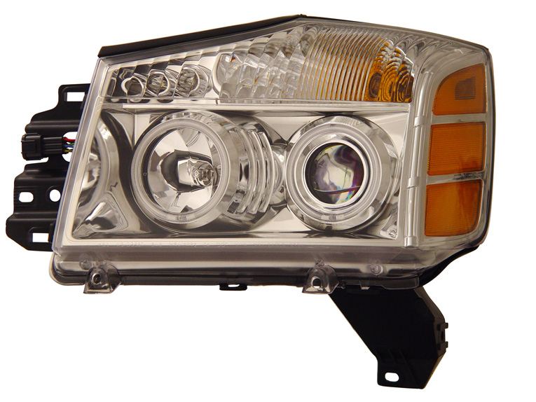 Nissan Titan 2004-2007 Projector Headlights w/ Halo
