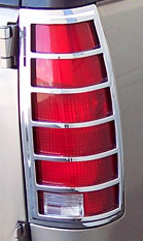 Chevrolet Suburban, Tahoe, Yukon 92-98 Chrome Tail Light Trim Bezel